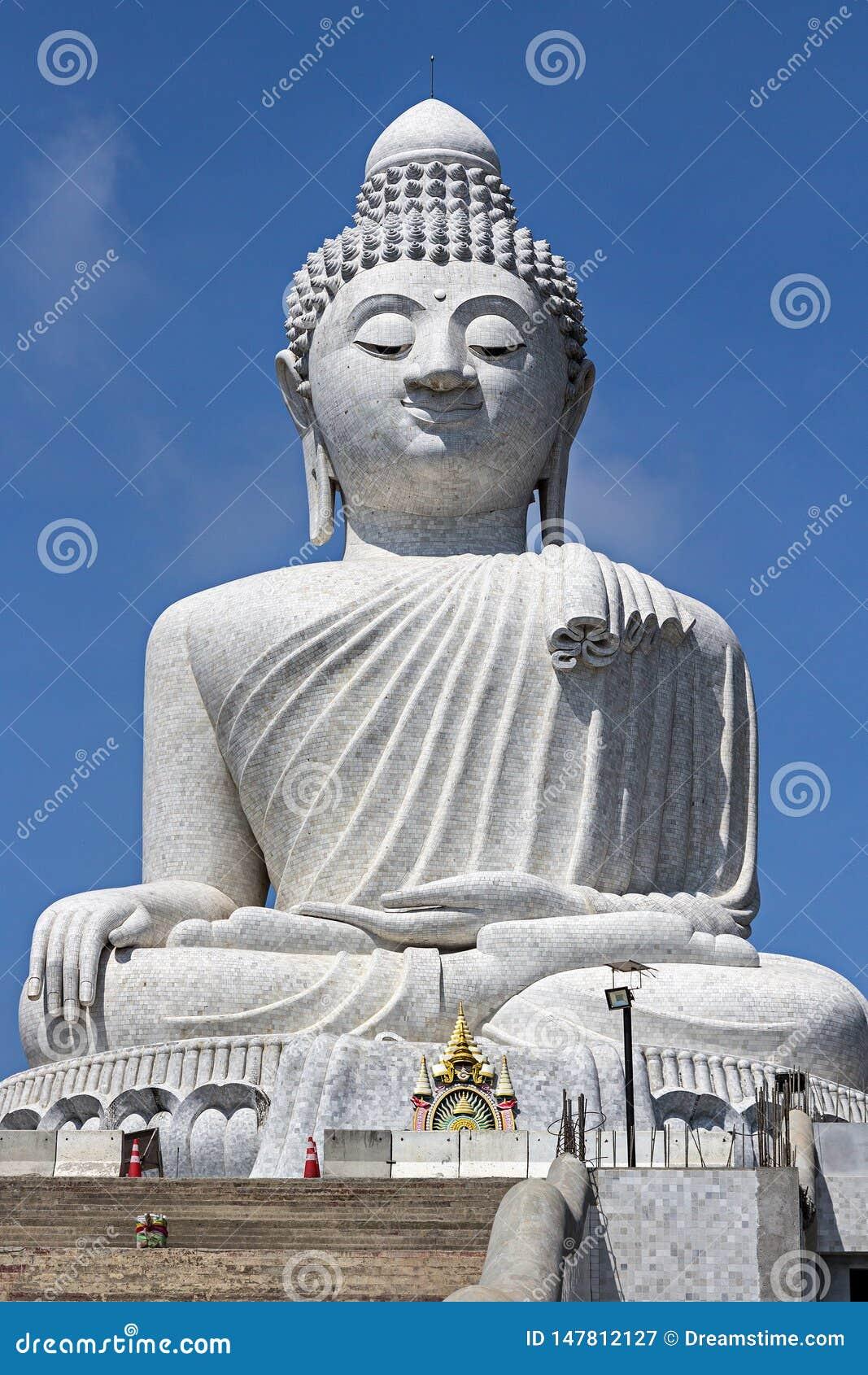 Большой Будда в острове Пхукета, Таиланде