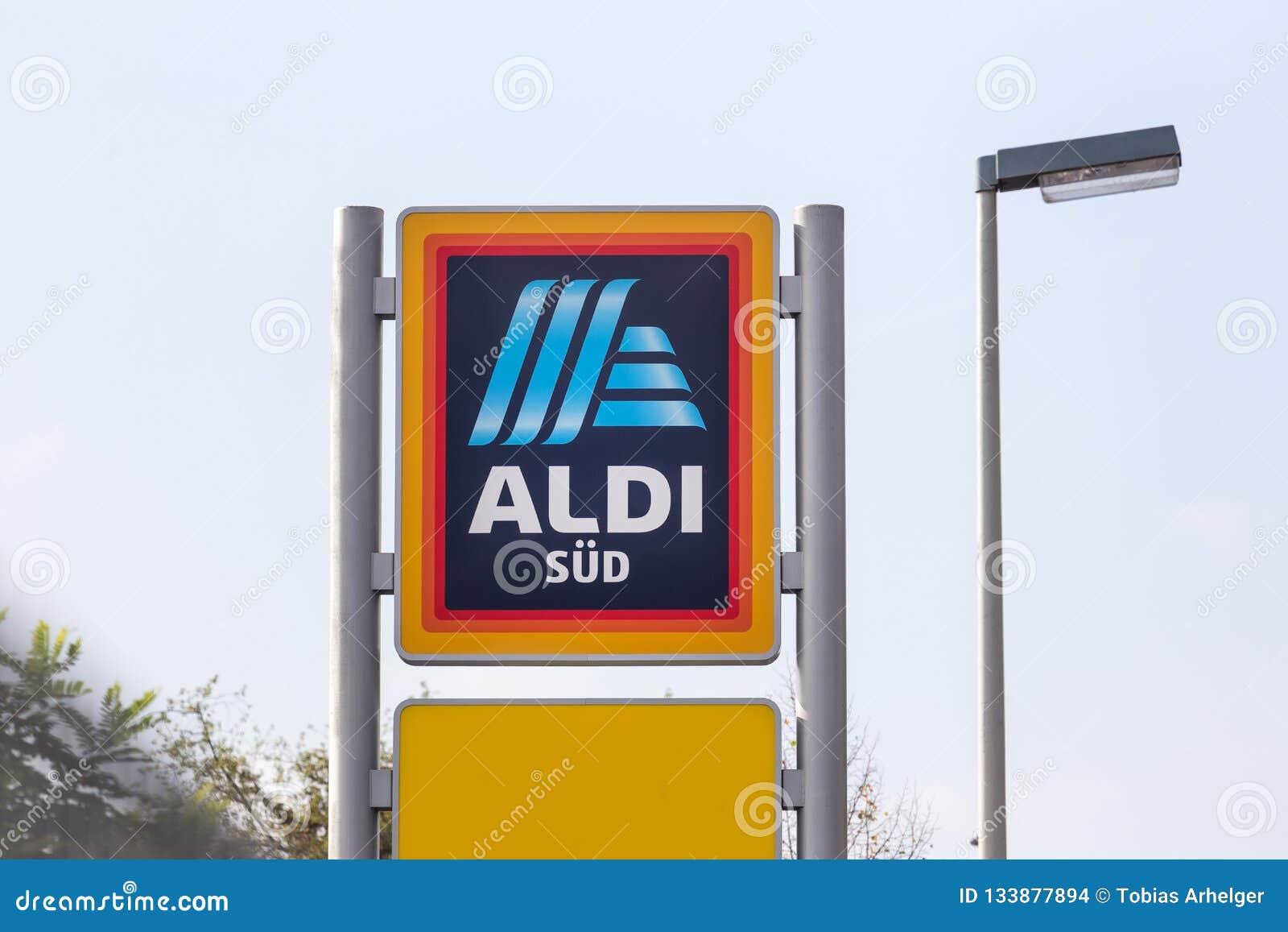 Бонн, nrw/Германия - 19 10 18: aldi посудило подписывает в Бонне Германии
