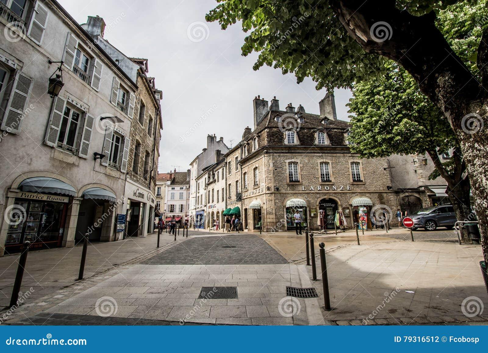 Бон, Франция