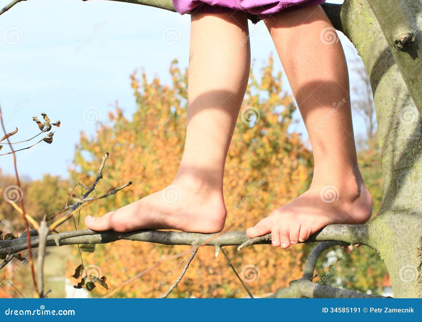 Наказание босиком женщин фото