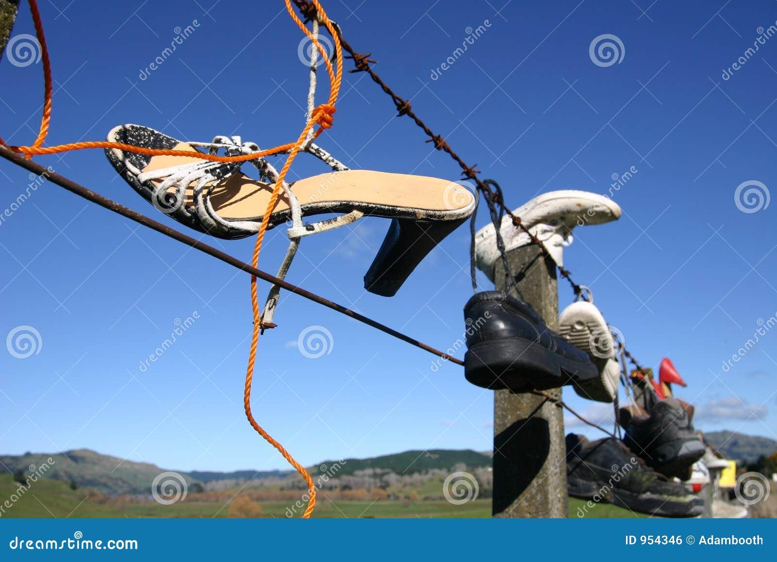 ботинки загородки