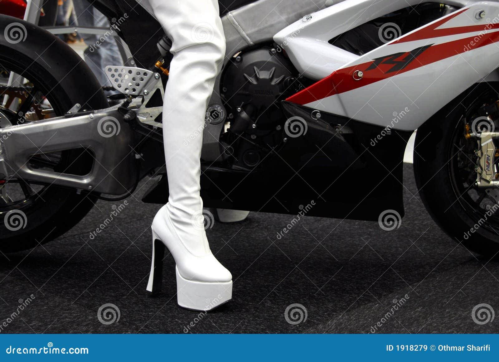 ботинки bike