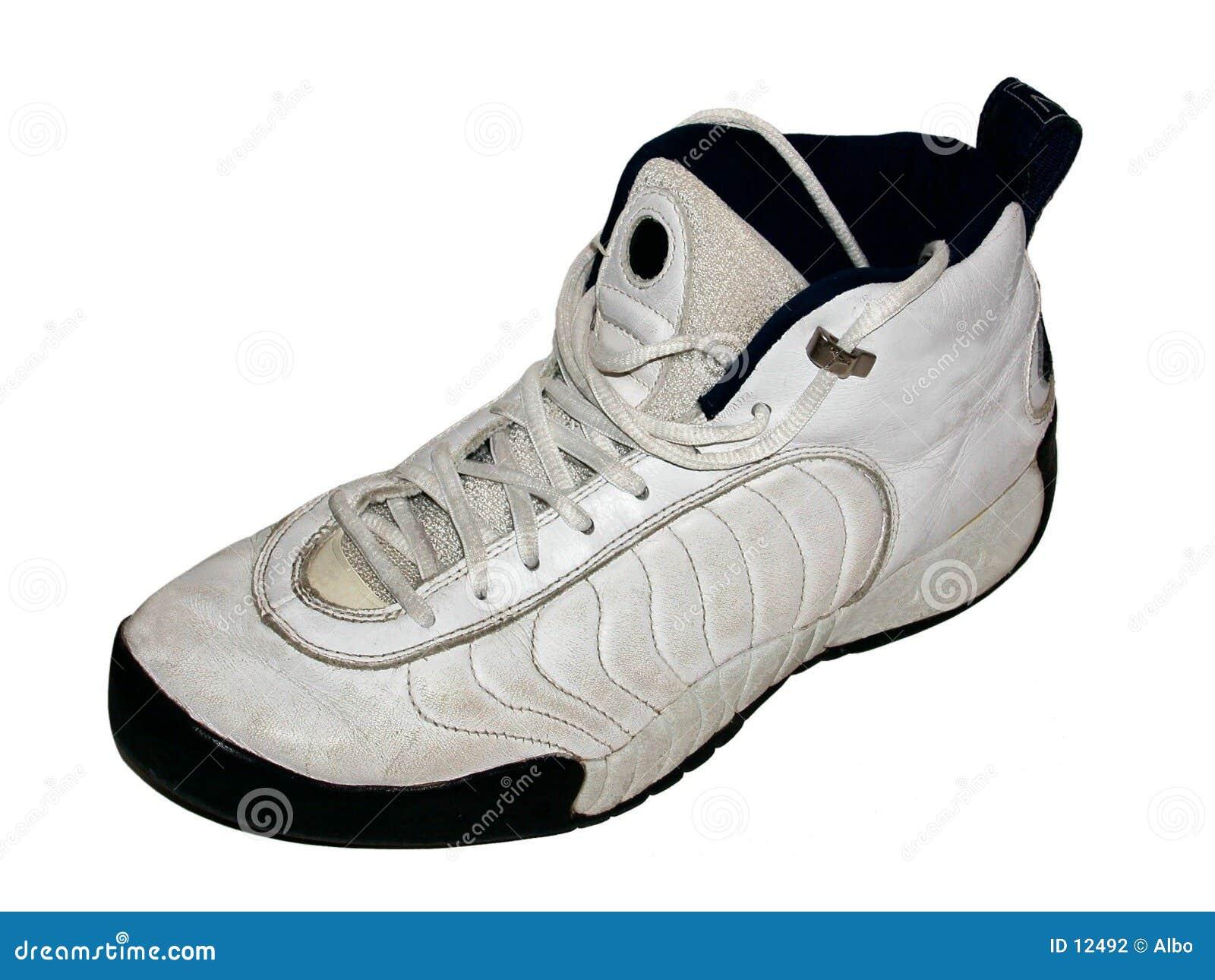 ботинок баскетбола