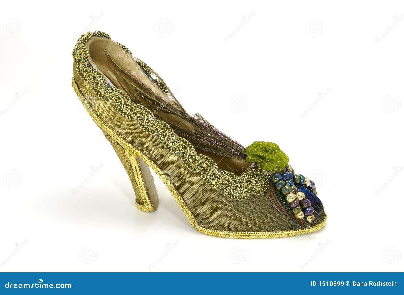 ботинок пятки высокий