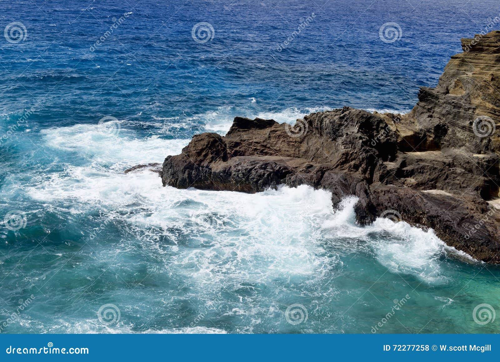 Download Большие голубые Гаваи стоковое фото. изображение насчитывающей остальные - 72277258