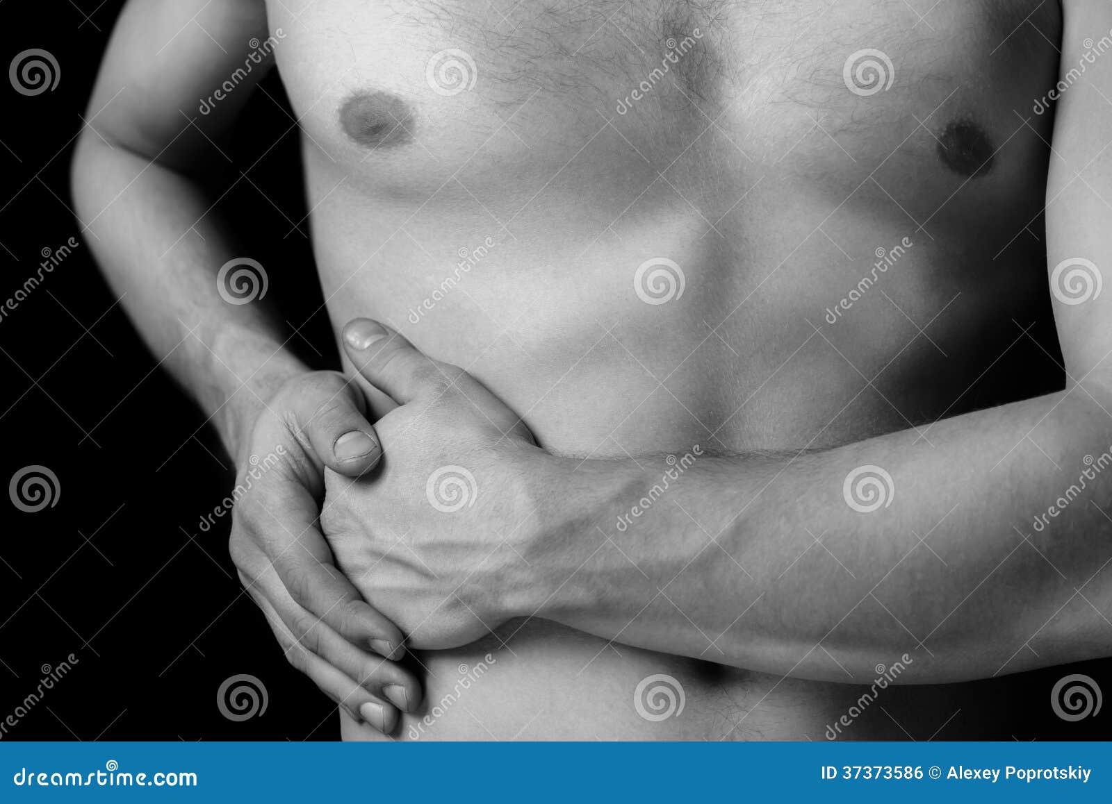 Боль в стороне брюшка