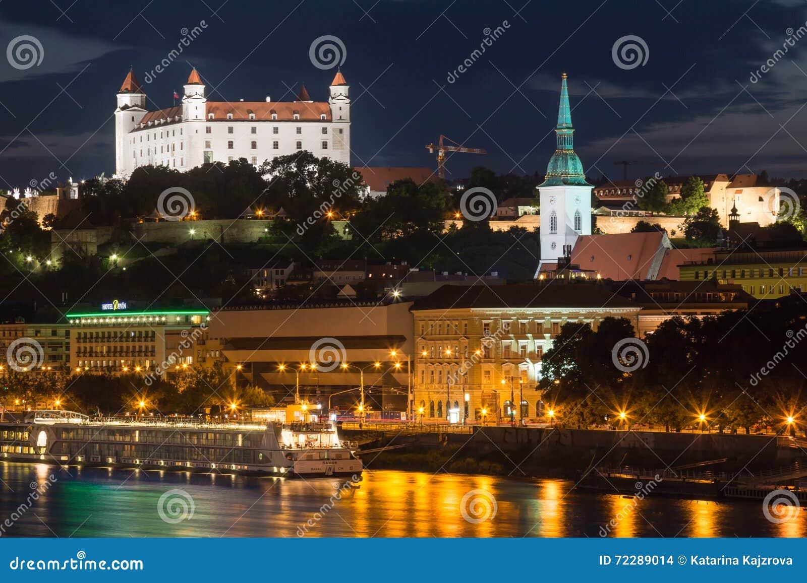 Download Братислава, Словакия - 29-ое мая 2016 Редакционное Стоковое Изображение - изображение насчитывающей президентство, danube: 72289014