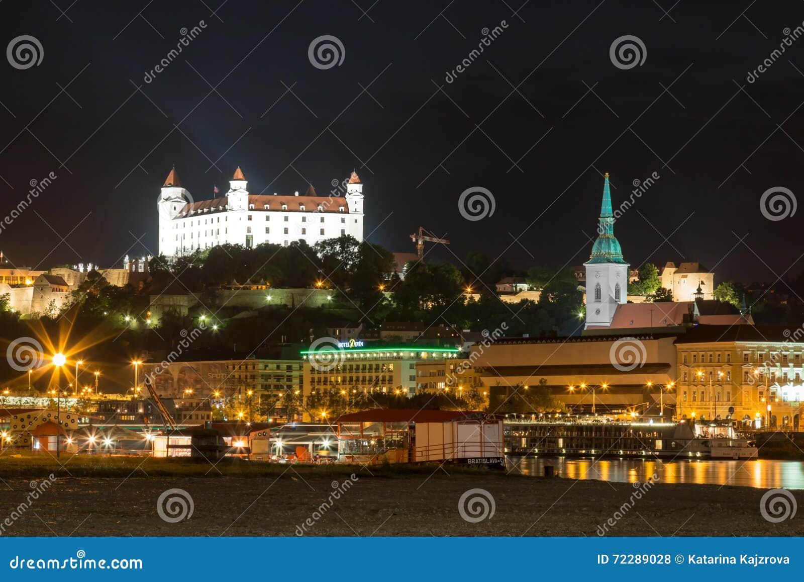 Download Братислава, Словакия - 29-ое мая 2016 Редакционное Стоковое Фото - изображение насчитывающей словакия, европа: 72289028