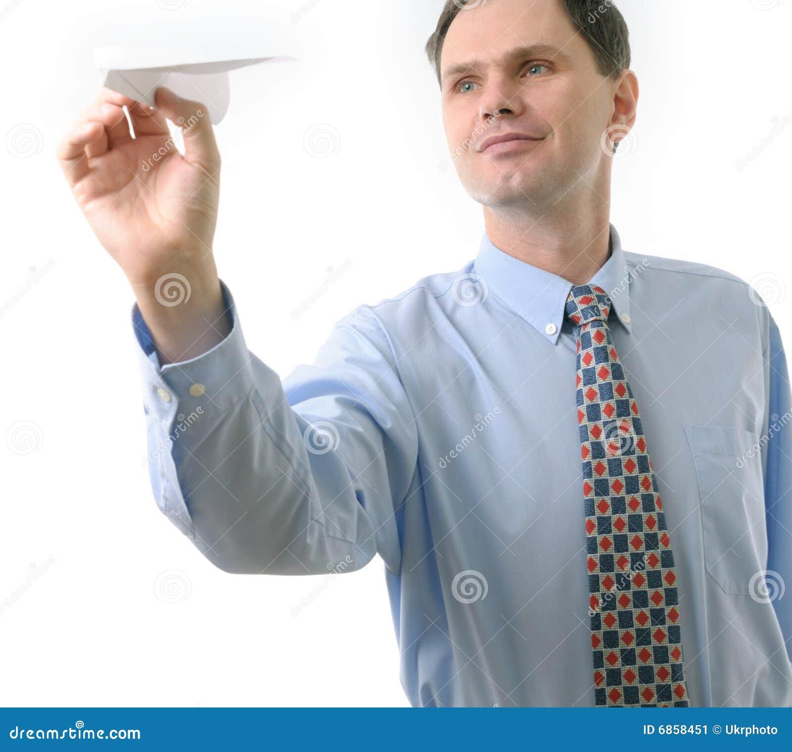 бросать бизнесмена самолета бумажный