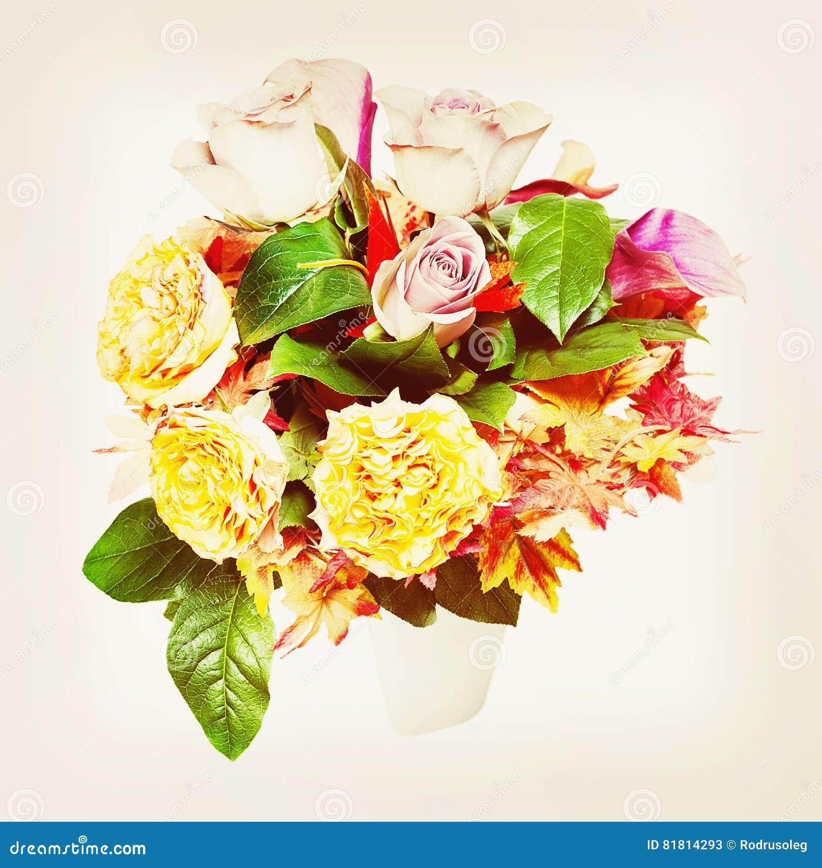 Букет от цветков с ретро влиянием фильтра