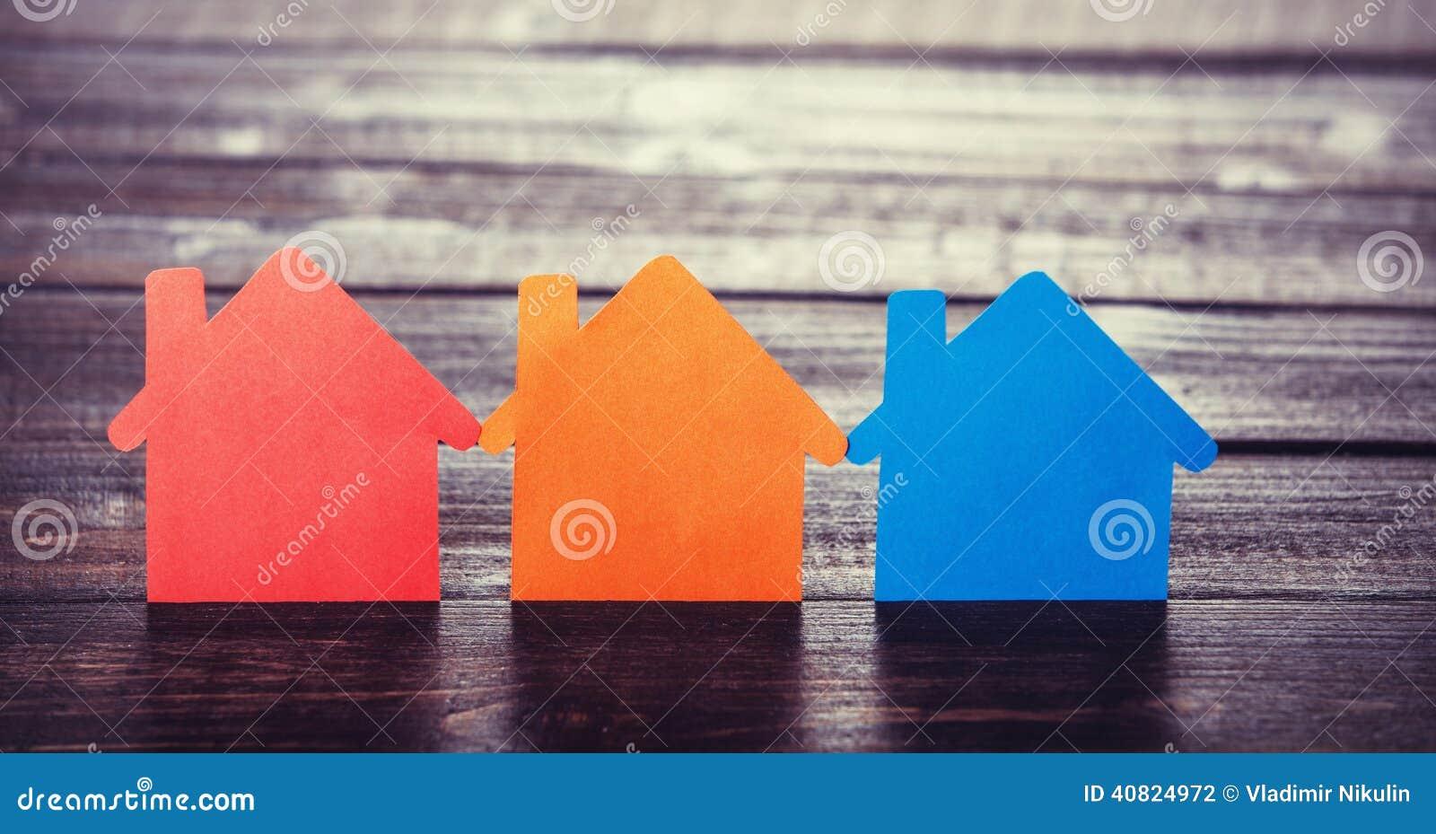 Бумажные дома