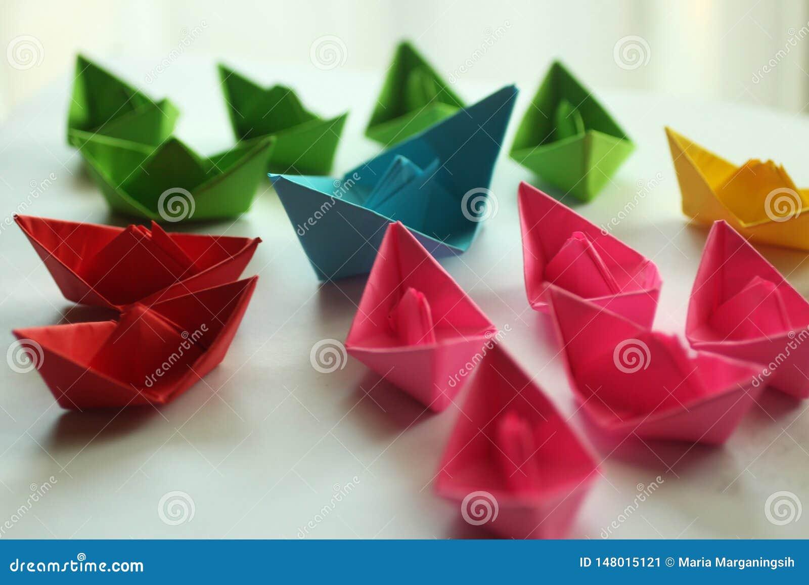 Бумажные шлюпки Корабли Origami красочные бумажные,