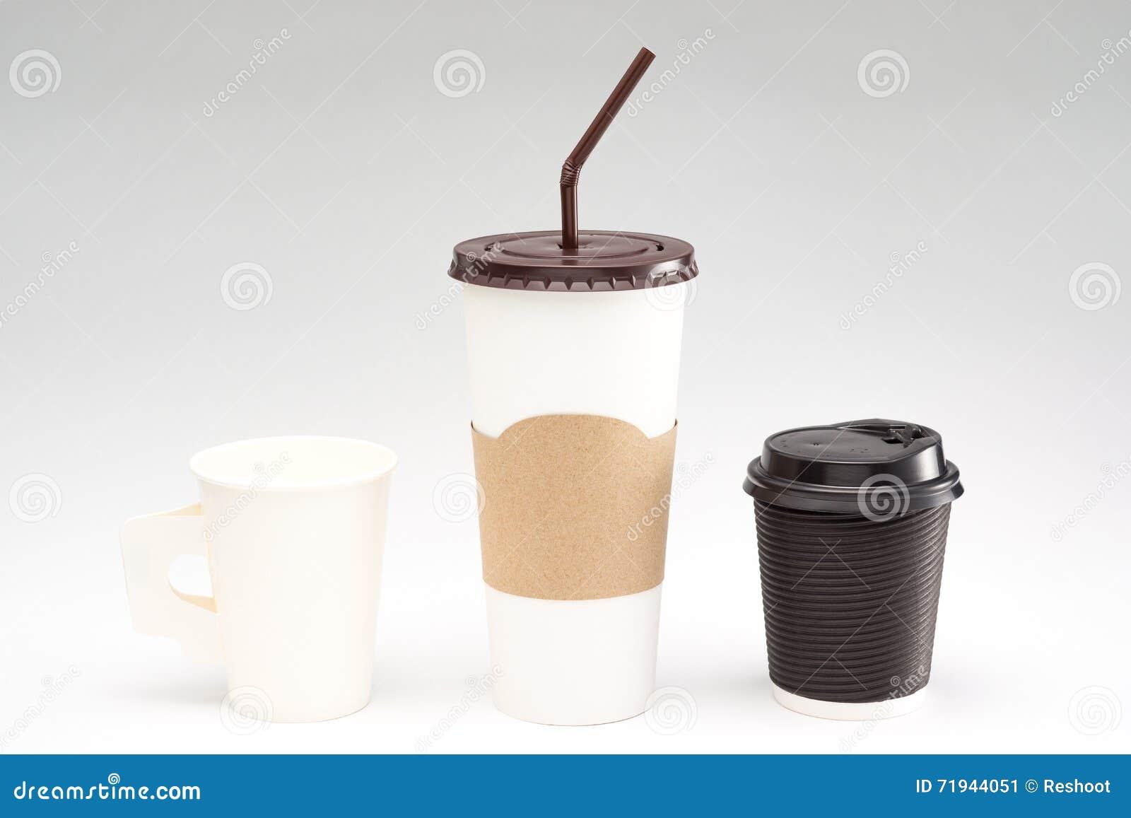 Бумажный стаканчик кофе