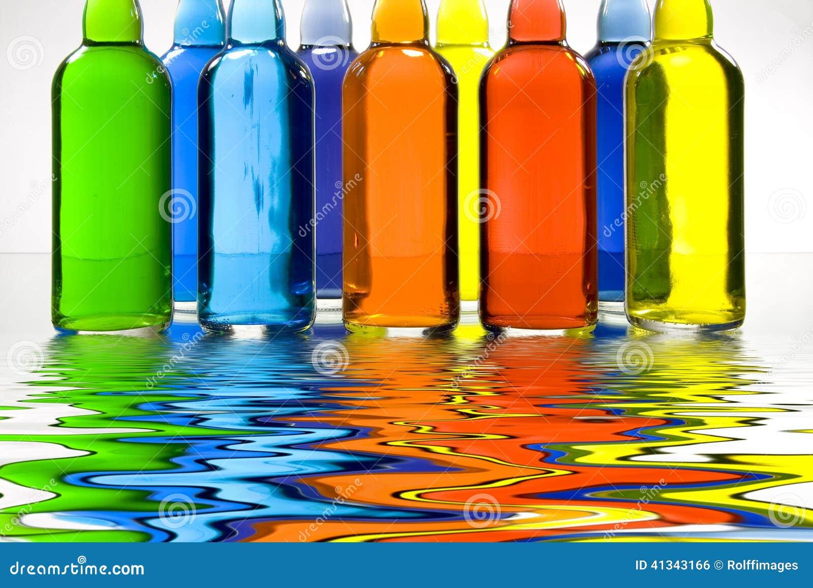 бутылки красят заполнено