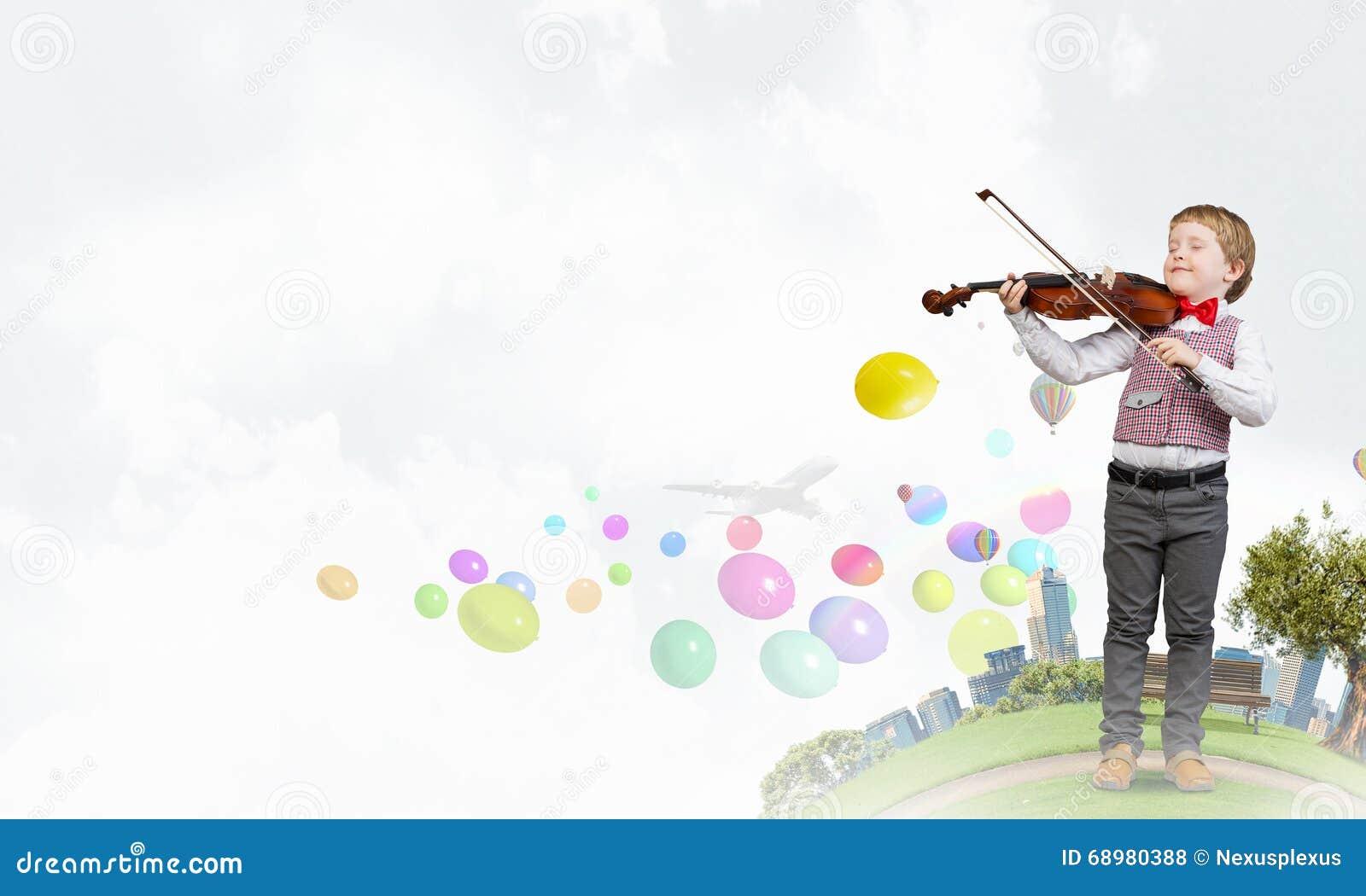 Будущий музыкант гения