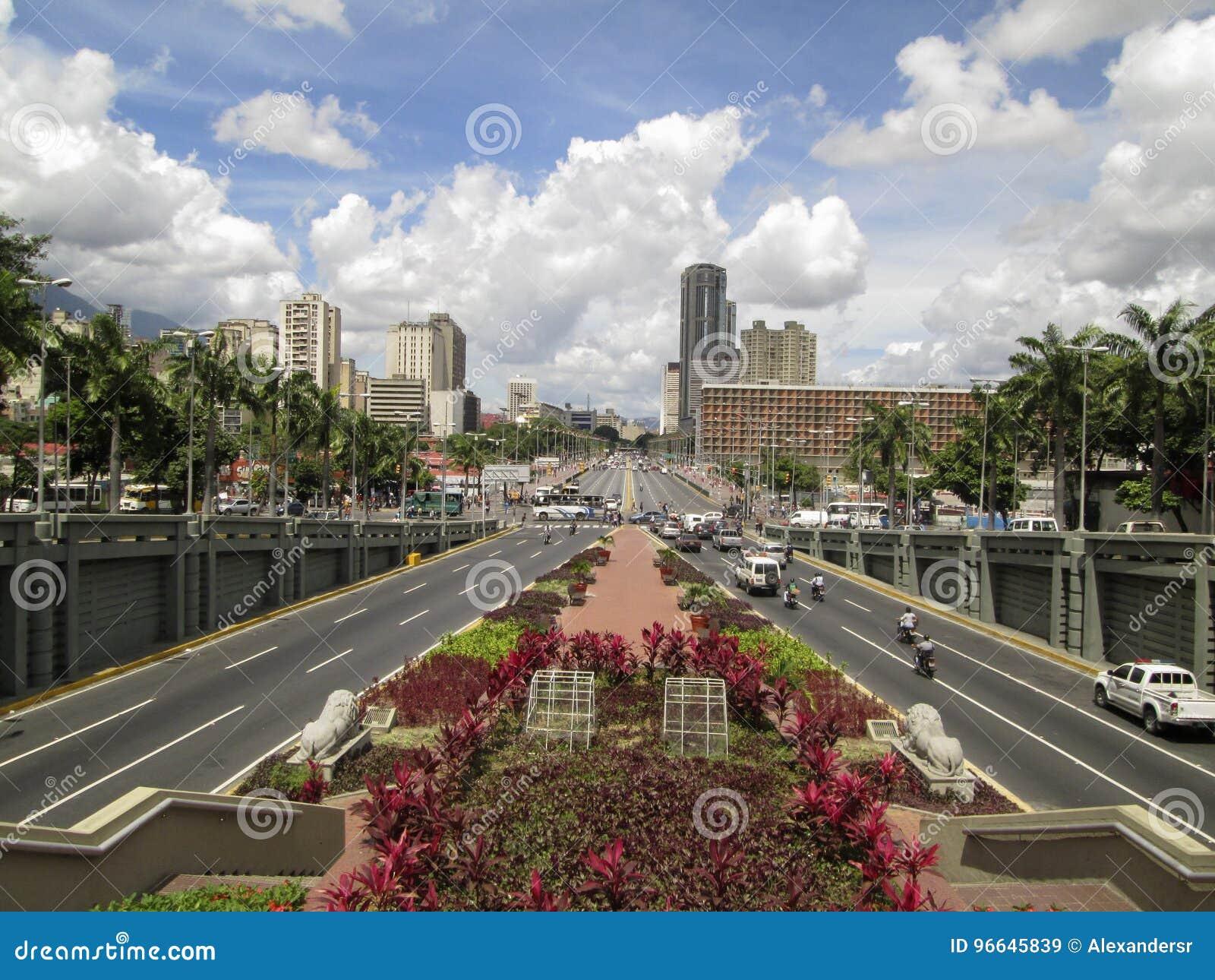 Бульвар Bolivar, Avenida Bolivar, Каракас, Венесуэла