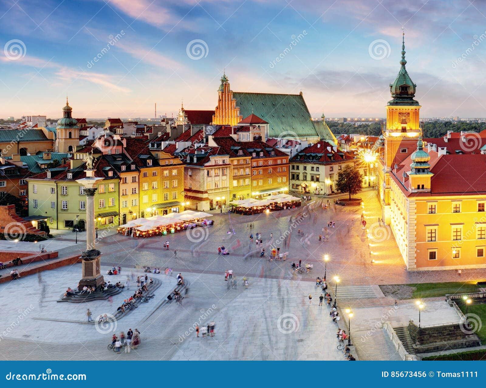 Варшава, старый городок Варшава, Польша во время захода солнца