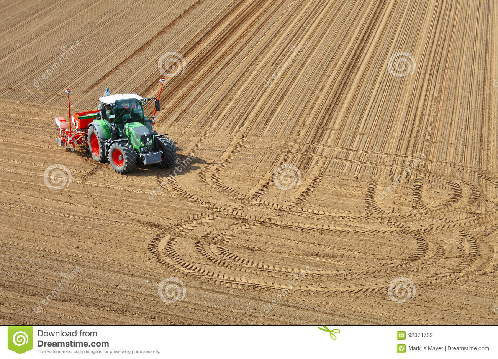 валы трактора поля предпосылки