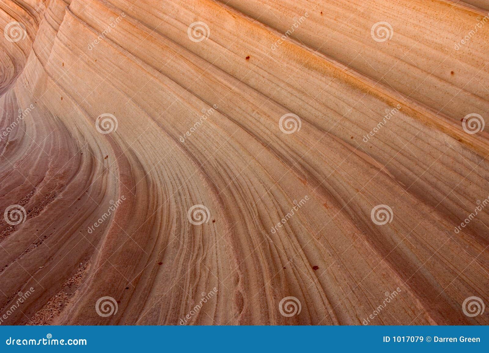 вдоль образований найденный песчаник обочины