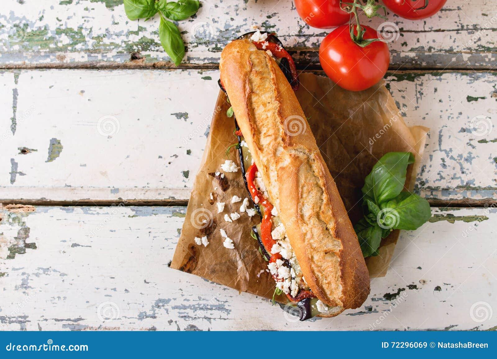 Download Вегетарианский сандвич багета Стоковое Изображение - изображение насчитывающей еда, свеже: 72296069