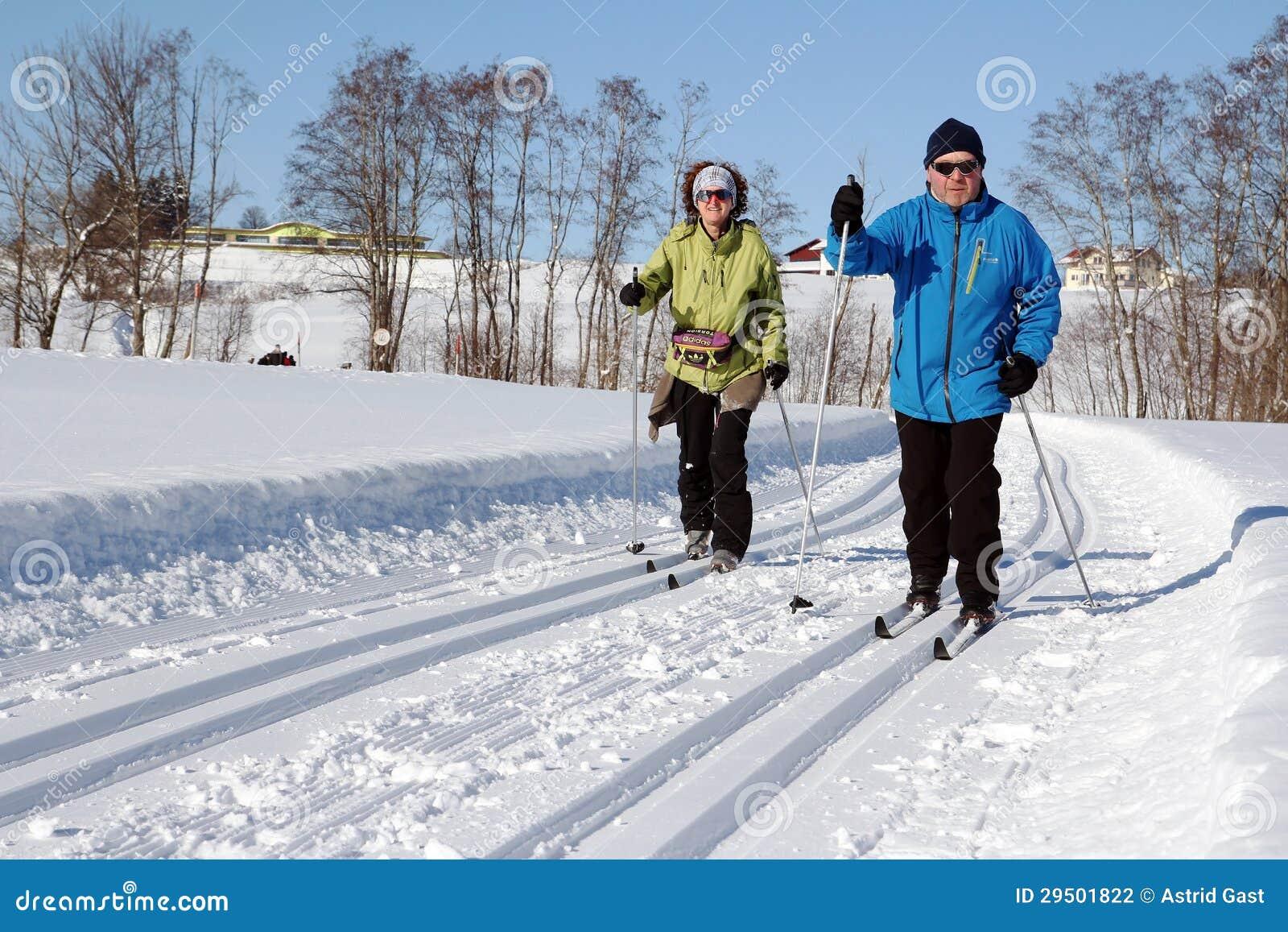 Вездеходное катание на лыжах
