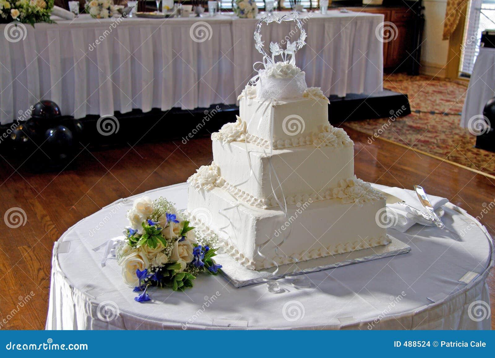 венчание 3 тортов