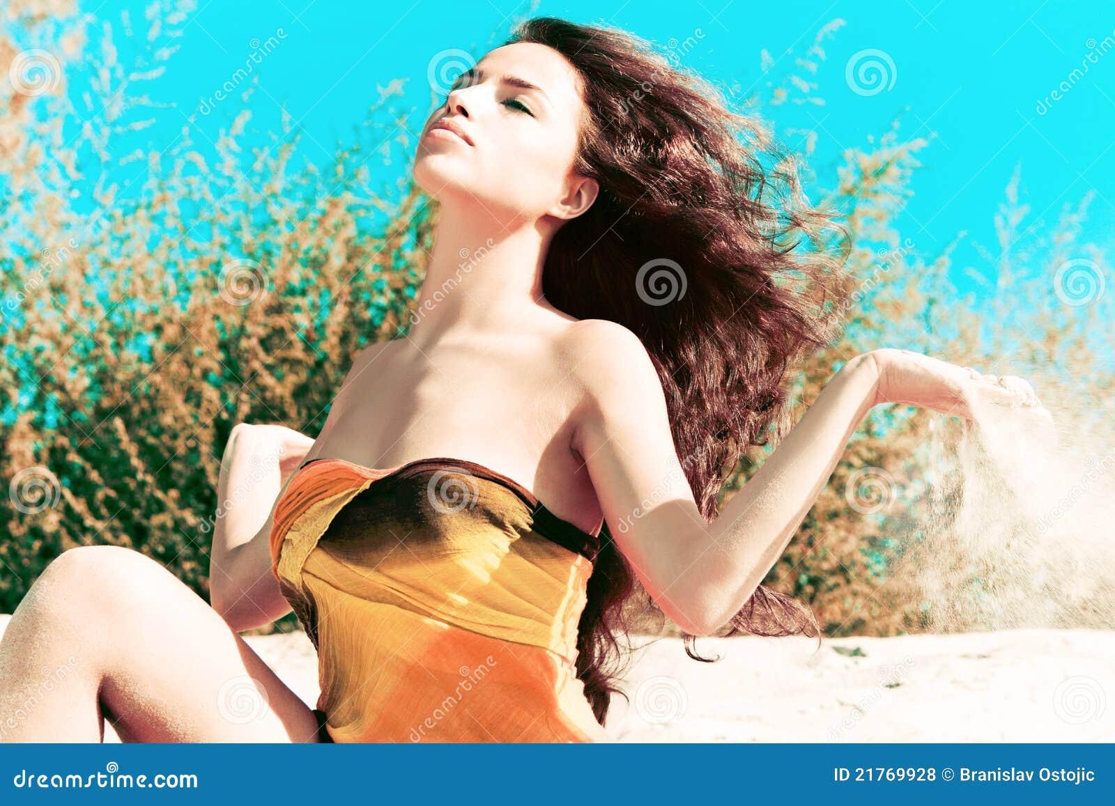 ветер солнца песка
