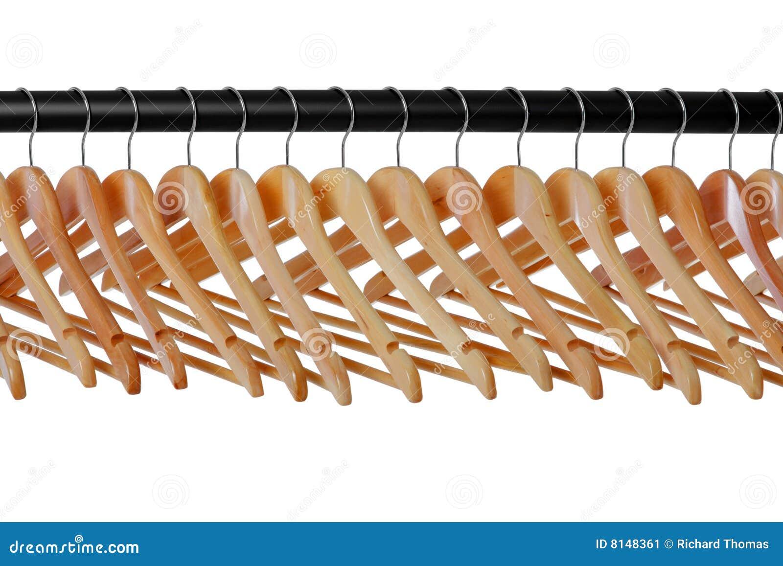 вешалки пальто прокладывают рельсы деревянное