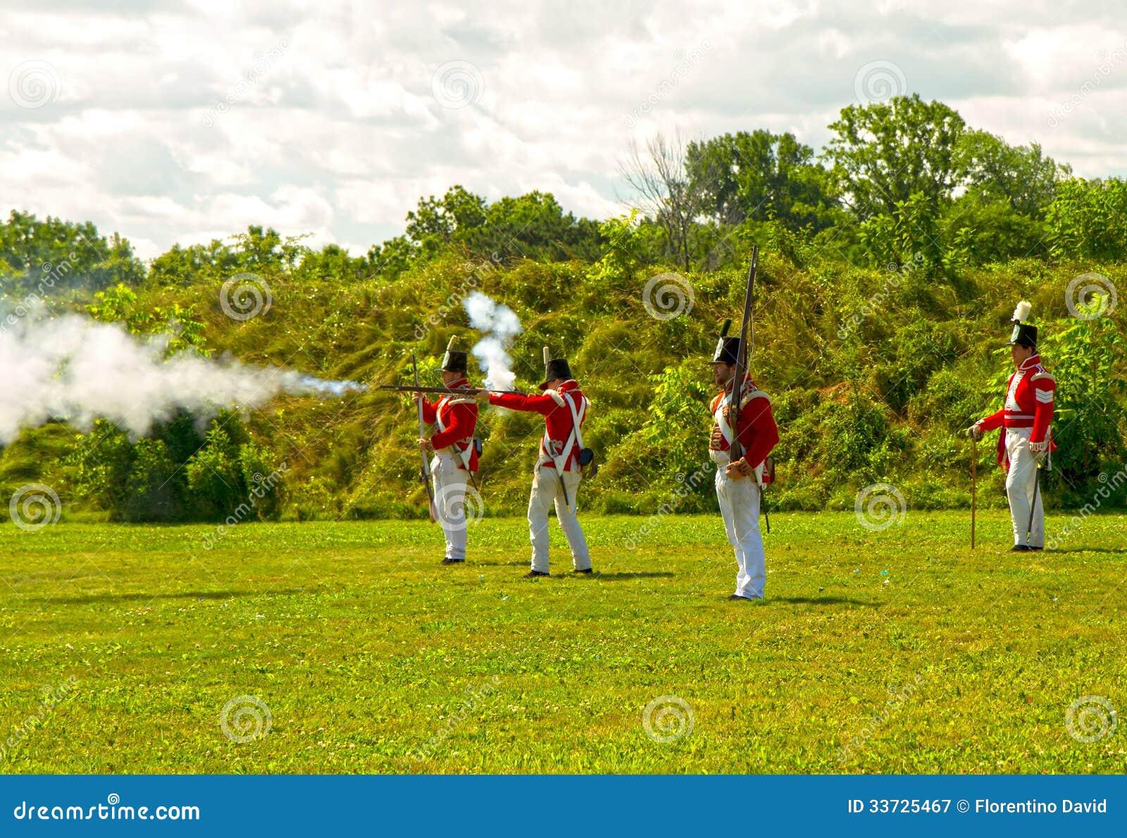 Великобританские воины в форте Джордж