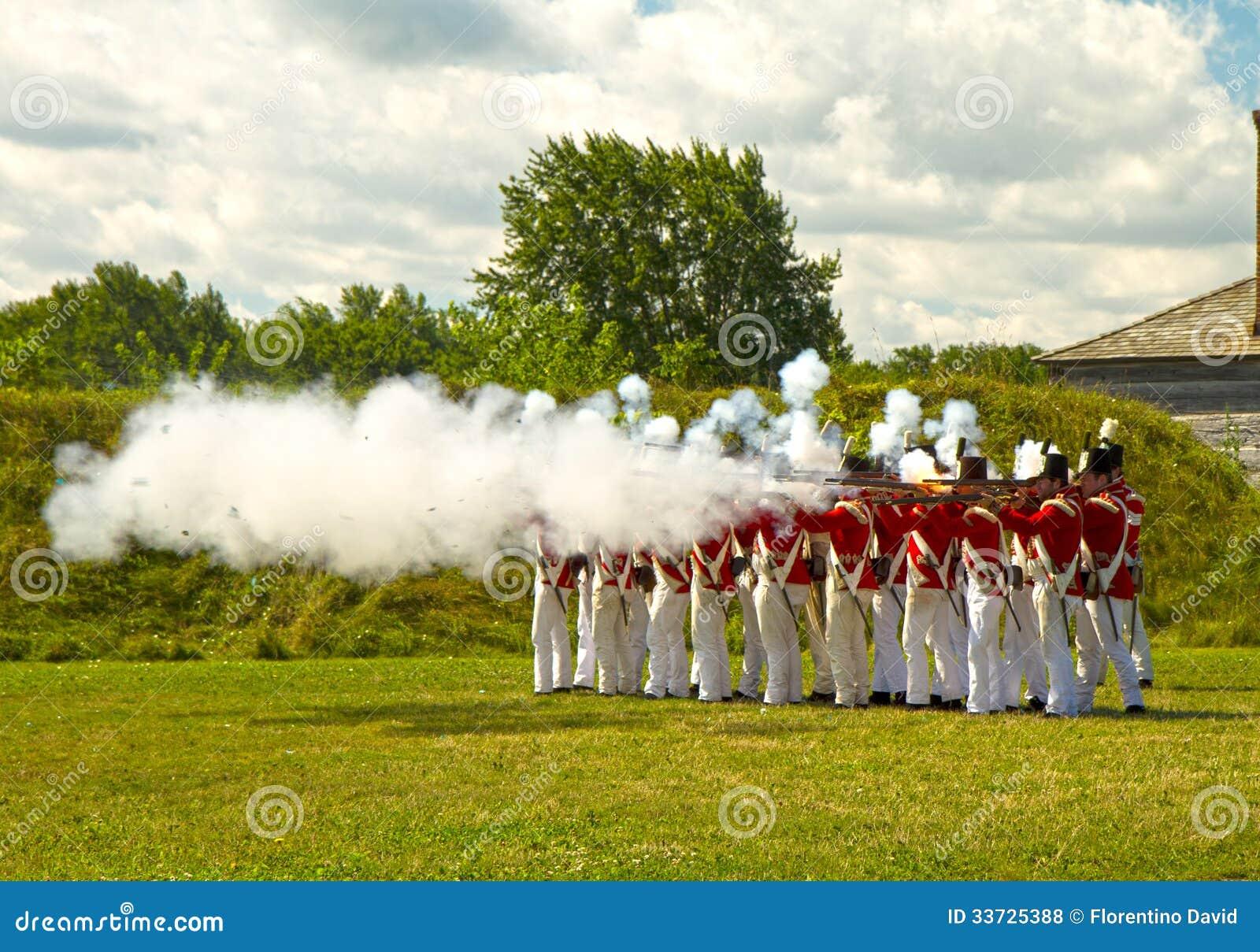 Великобританские солдаты в форте Джордж