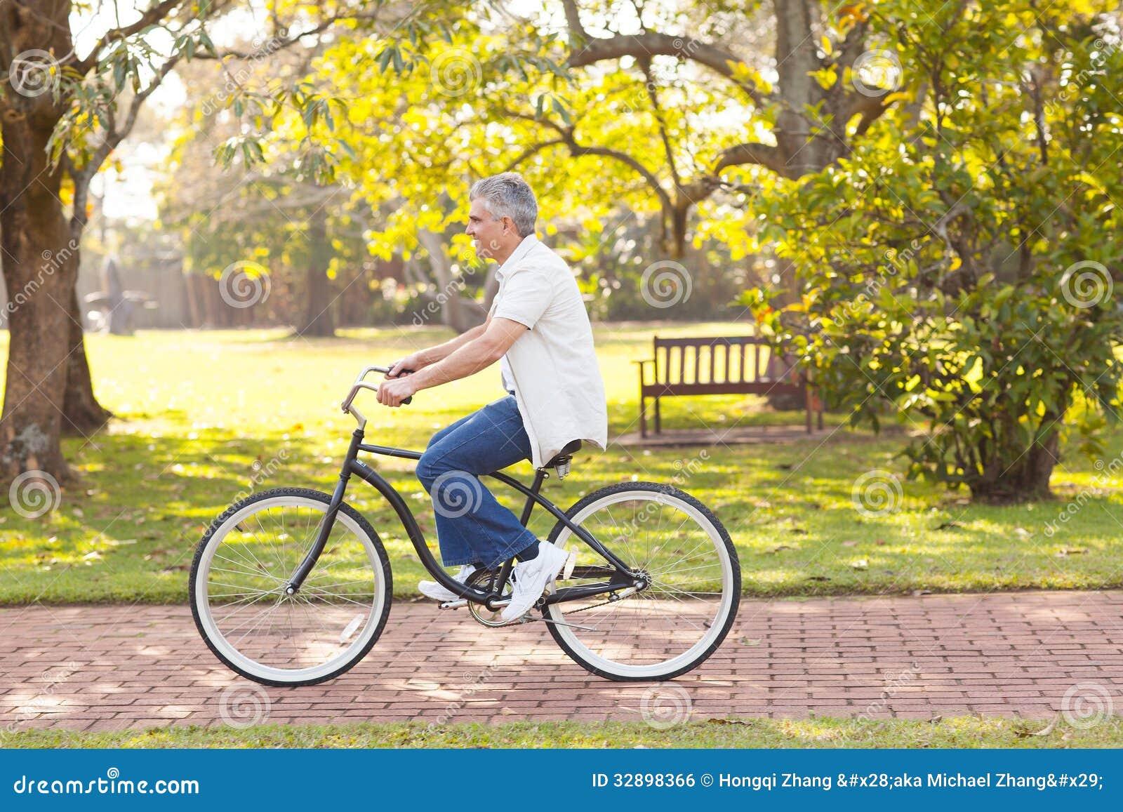 Велосипед катания человека