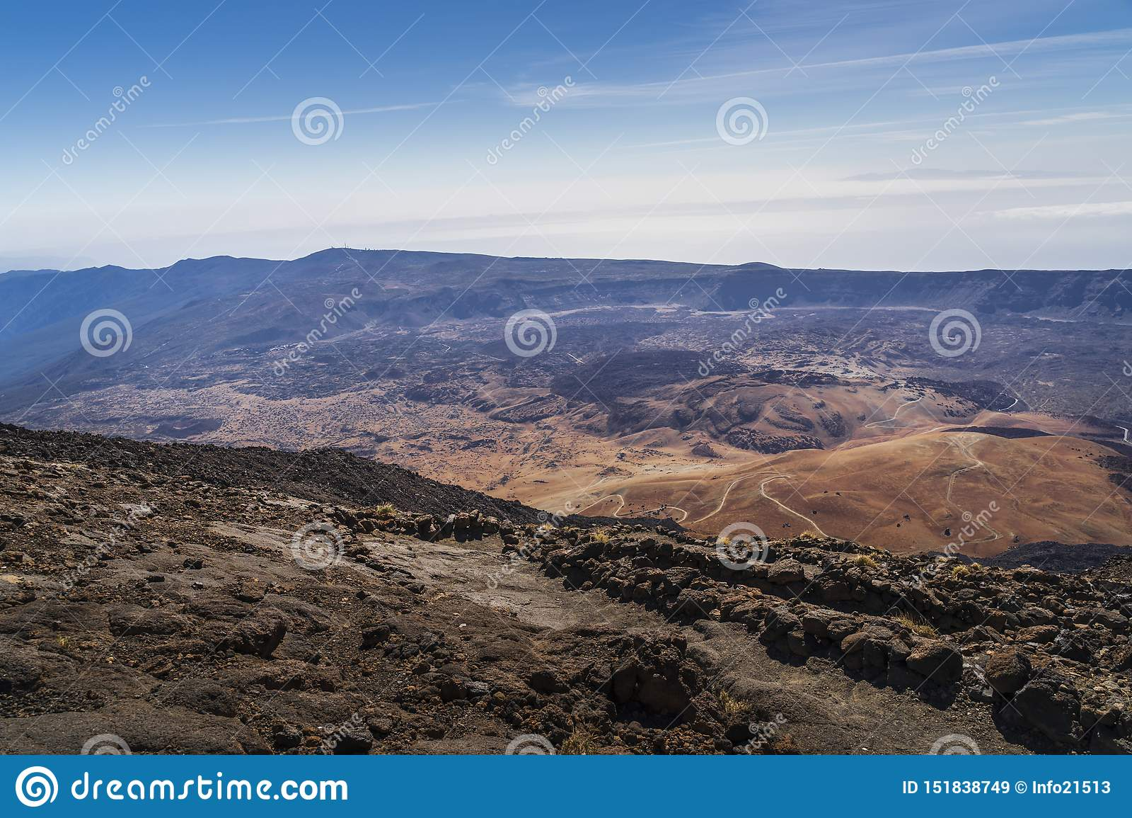 Взгляд национального парка вулкана El Teide в Тенерифе