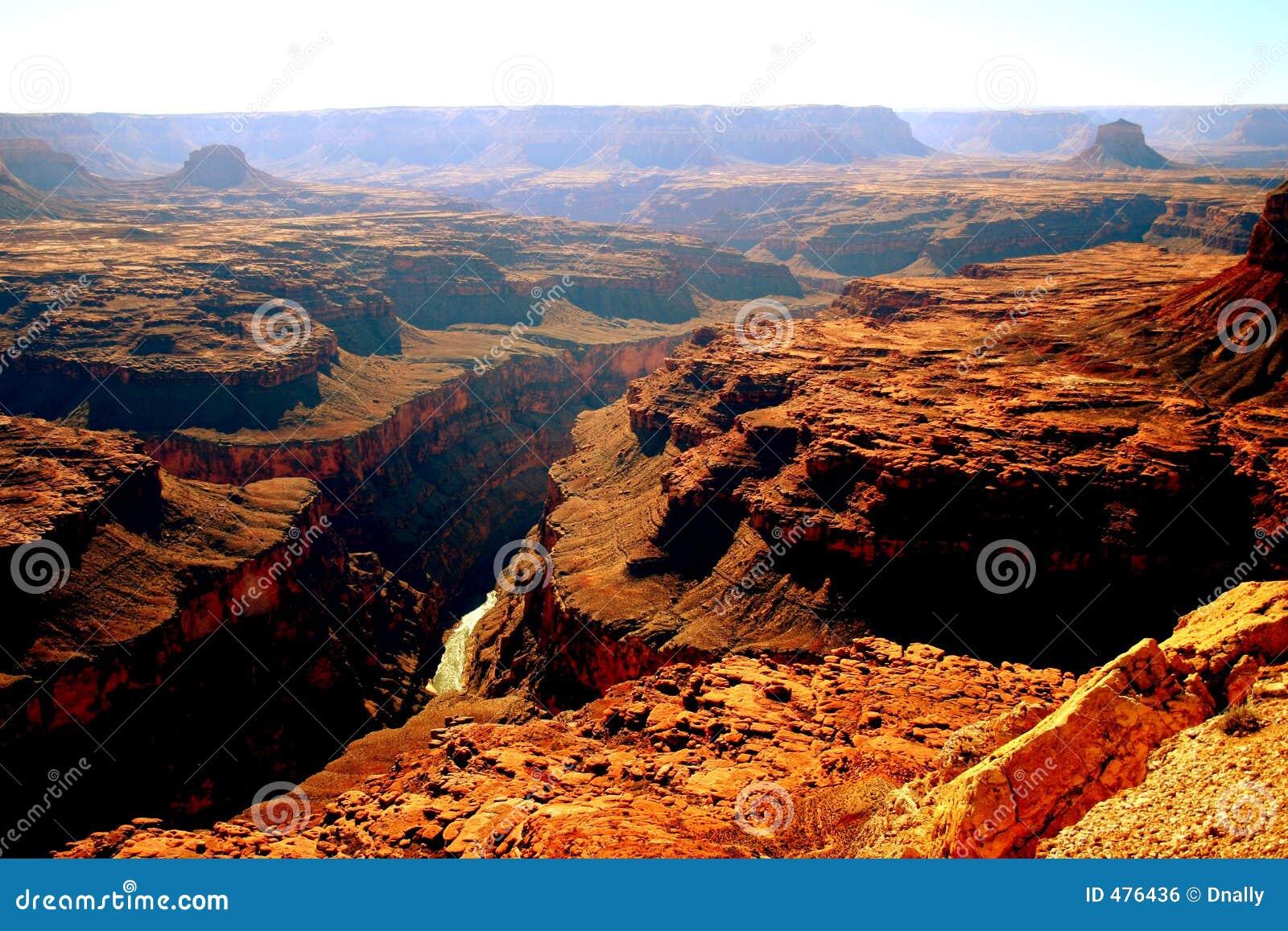 взгляд реки colorad каньона грандиозный