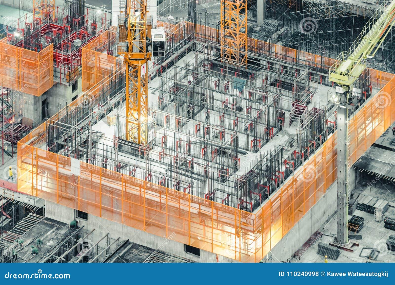 Взгляд сверху нижнего здания конструкции Гражданское строительство, проект индустриального развития, инфраструктура подвала башни