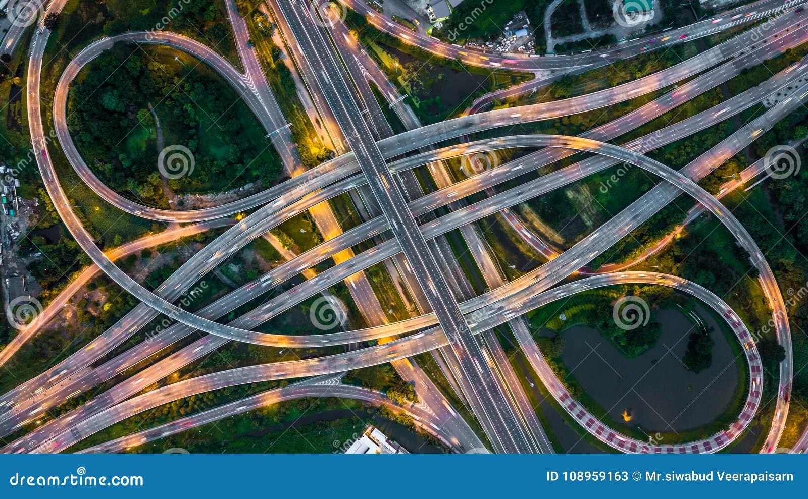 Взгляд сверху скоростной дороги Бангкока, взгляд сверху над шоссе, expresswa