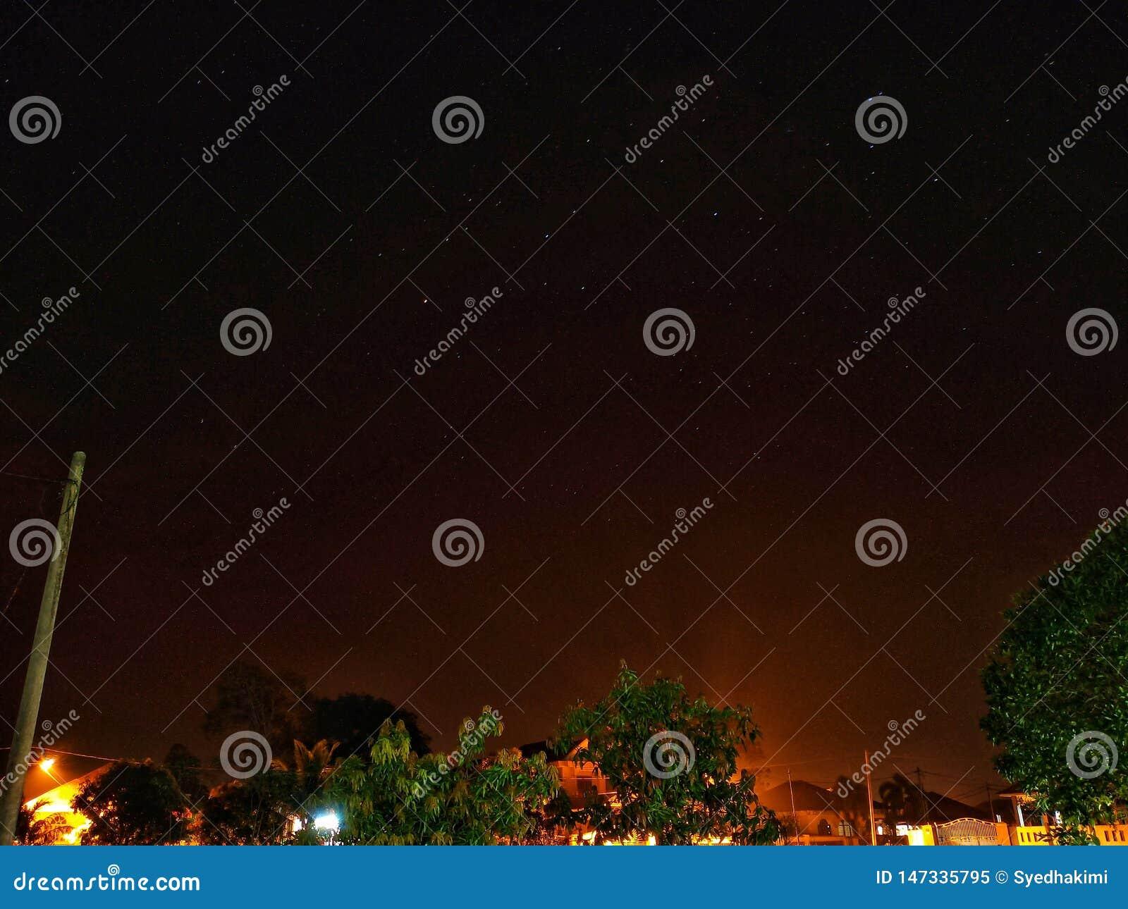Взгляд серии withs ночного неба космоса экземпляра