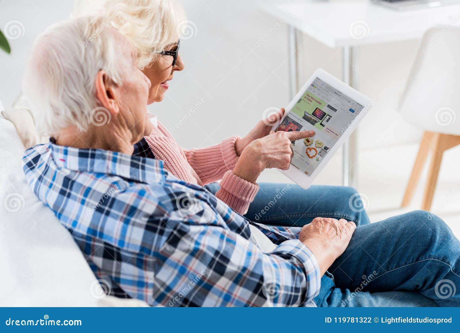 взгляд со стороны старших пар используя цифровую таблетку с ebay