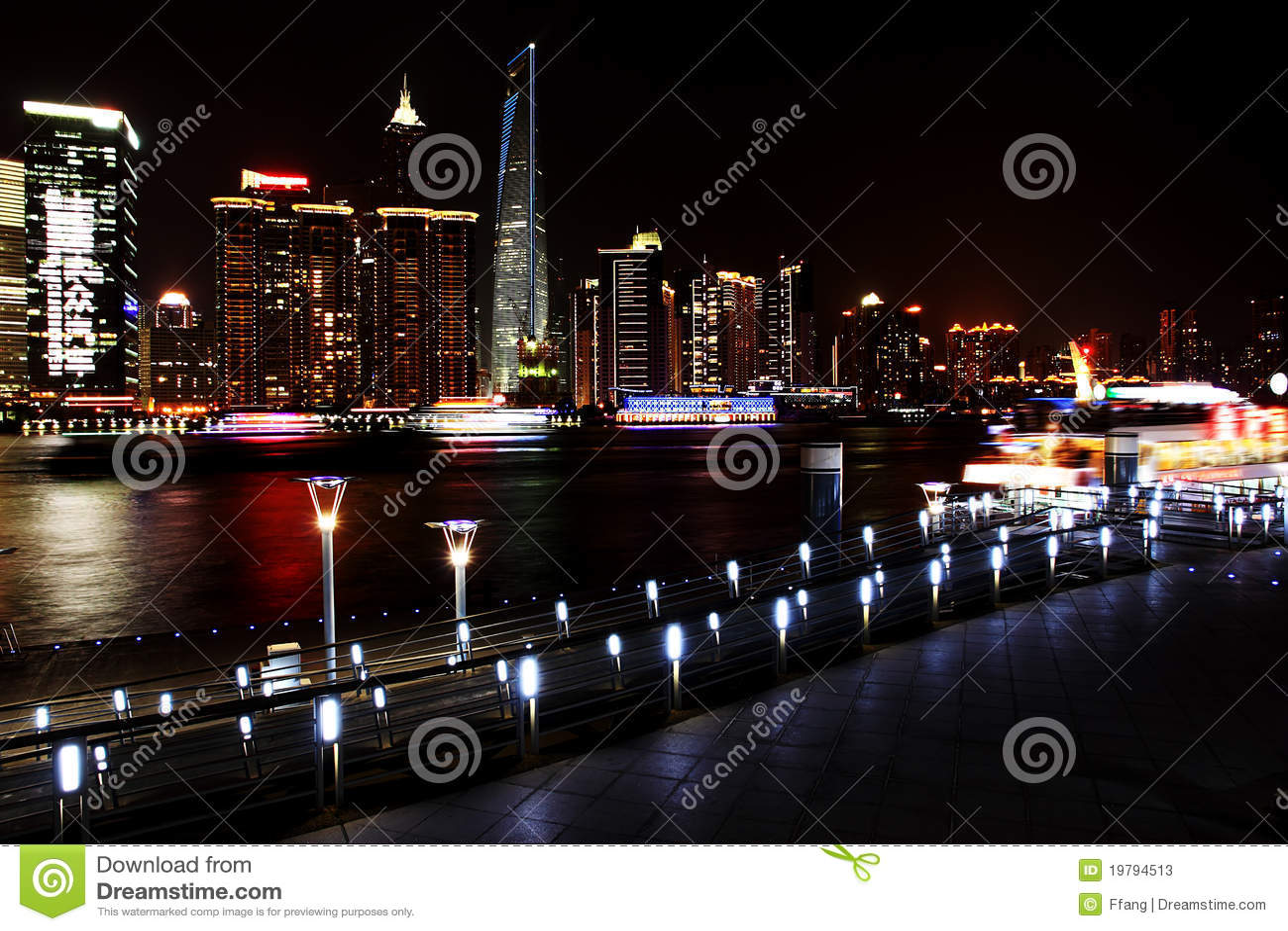 взгляд shanghai ночи bund