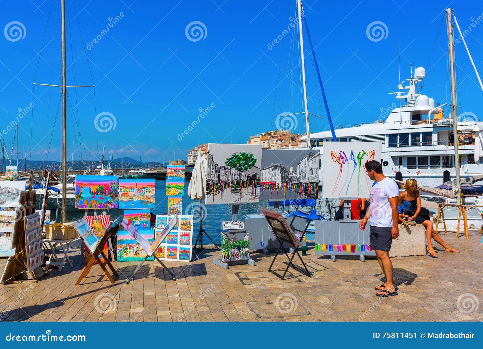 Взгляд в гавани St Tropez, Франции