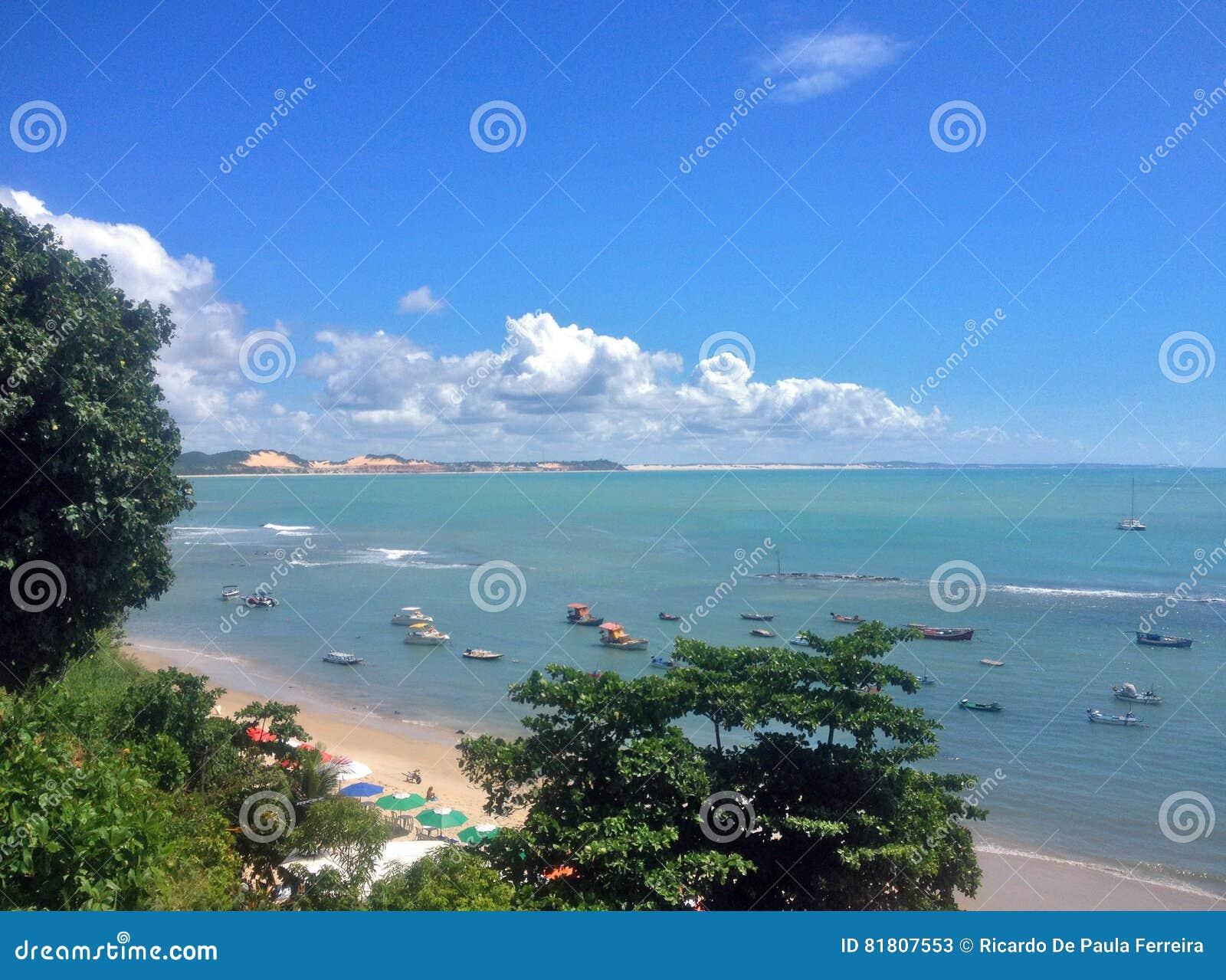 Взгляд известного пляжа пипы - для сети