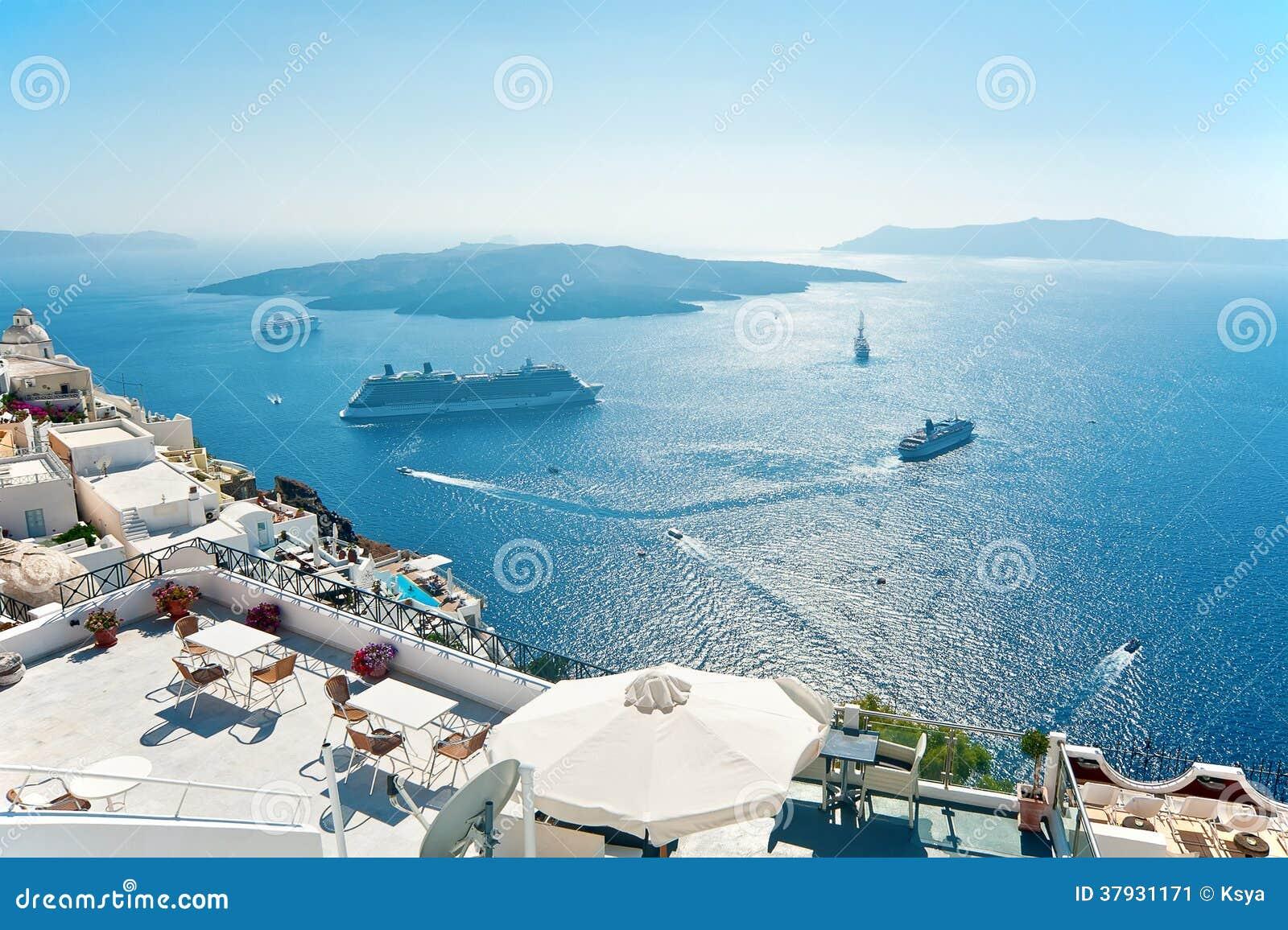 Взгляд кальдеры и Nea Kameni, Fira, Santorini
