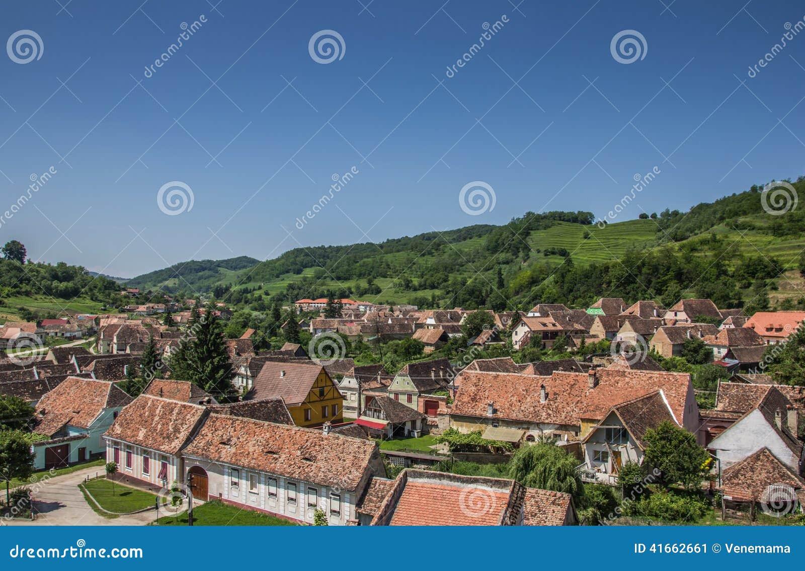 Взгляд над Biertan от башни церковь-крепости