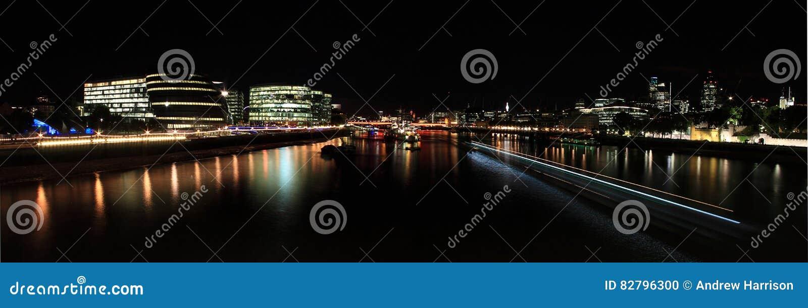 Взгляд от моста башни, Лондона