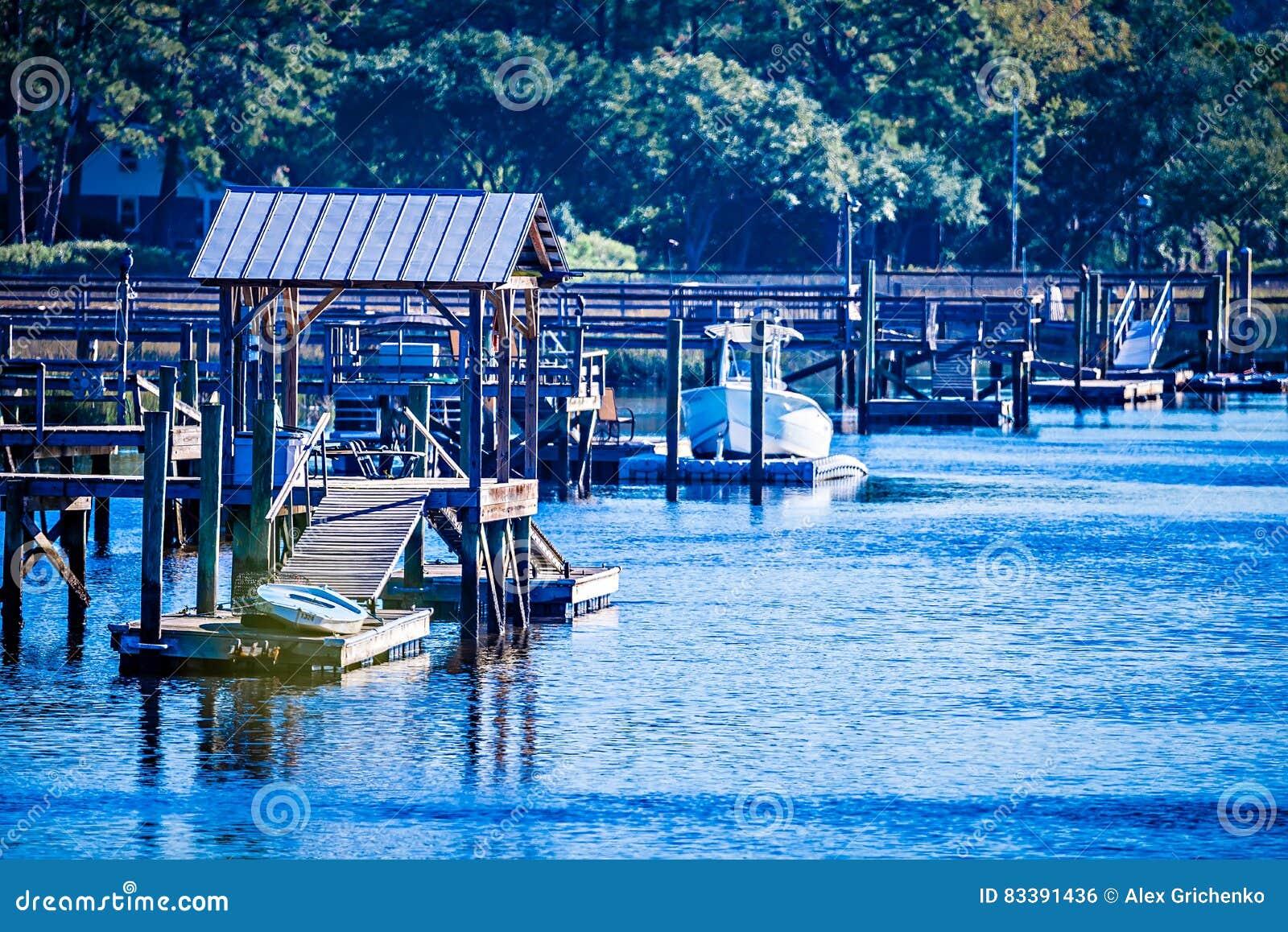 Взгляды водного пути и болота на острове Южной Каролине johns
