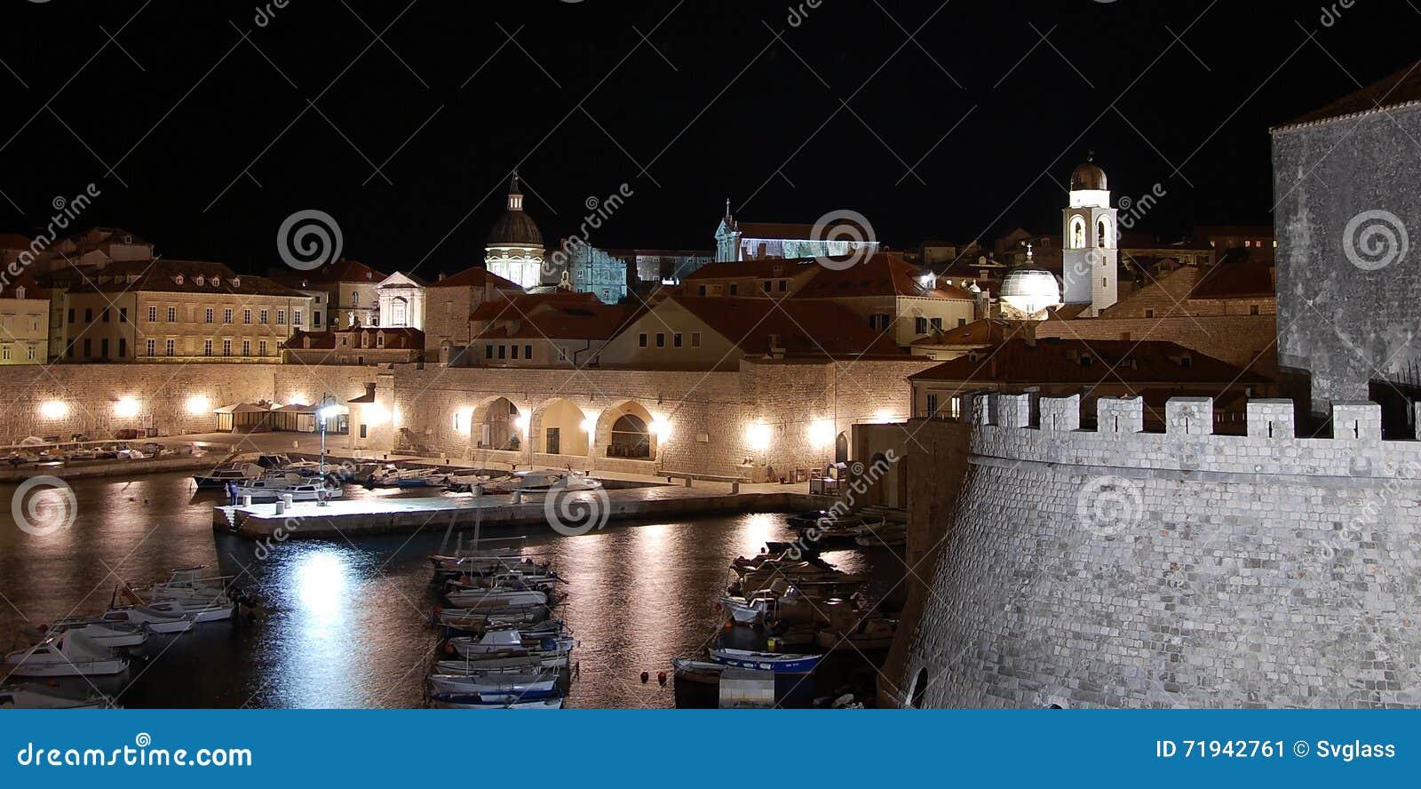 Взгляды ночи Дубровника