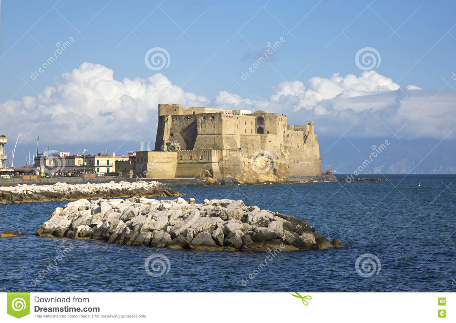 Взгляд dell Ovo Castel