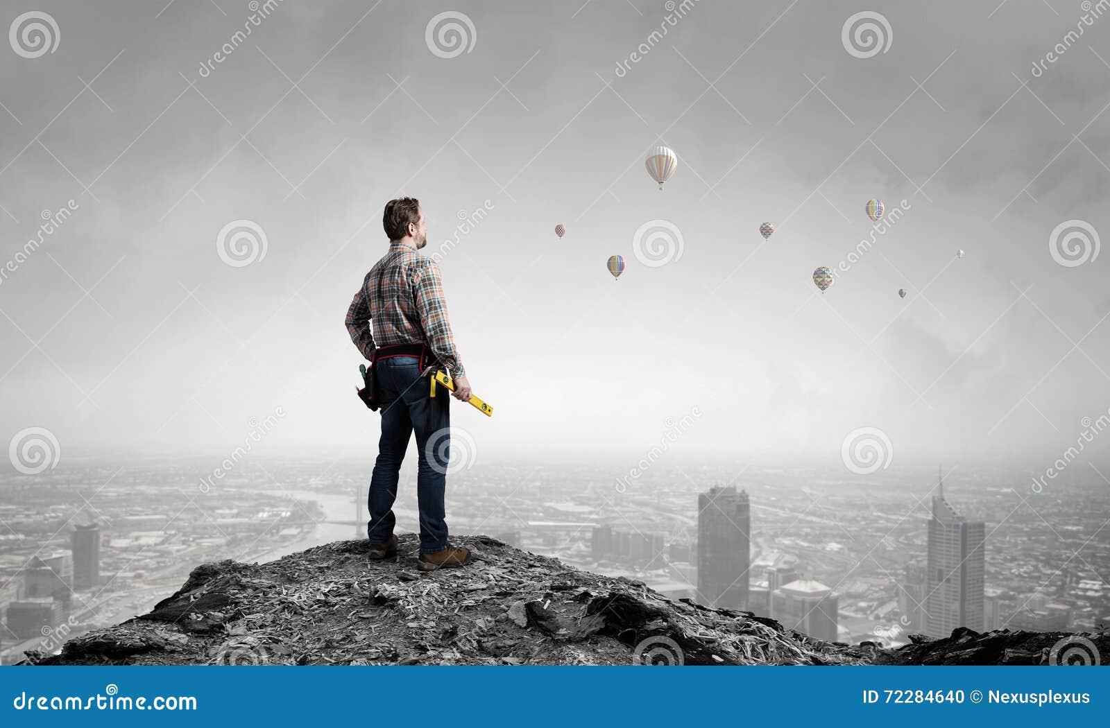 Download Взрослый человек инженера стоковое фото. изображение насчитывающей конструктор - 72284640