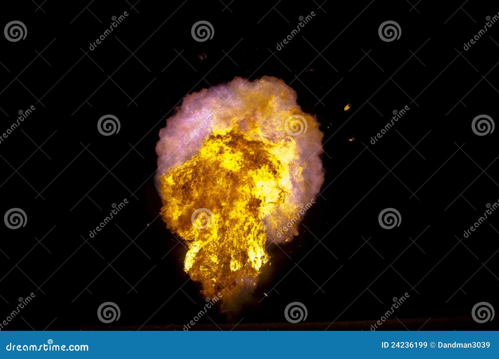 взрывая файрбол