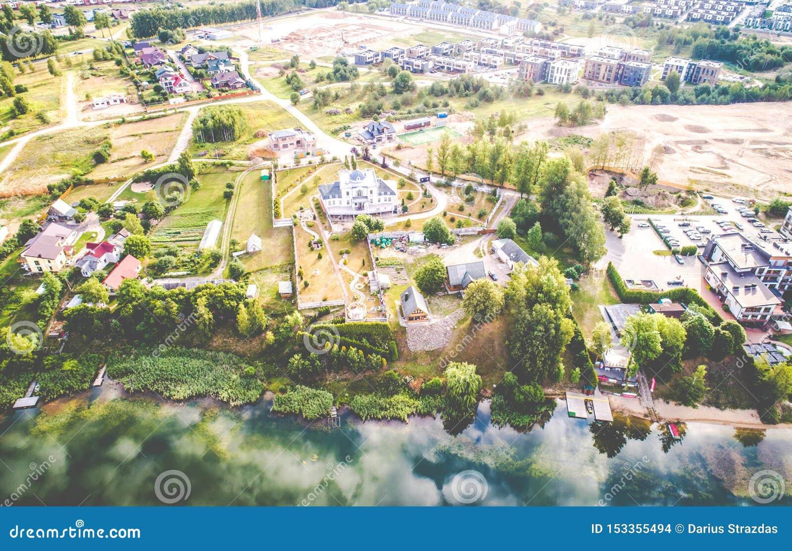 Вид с воздуха озера