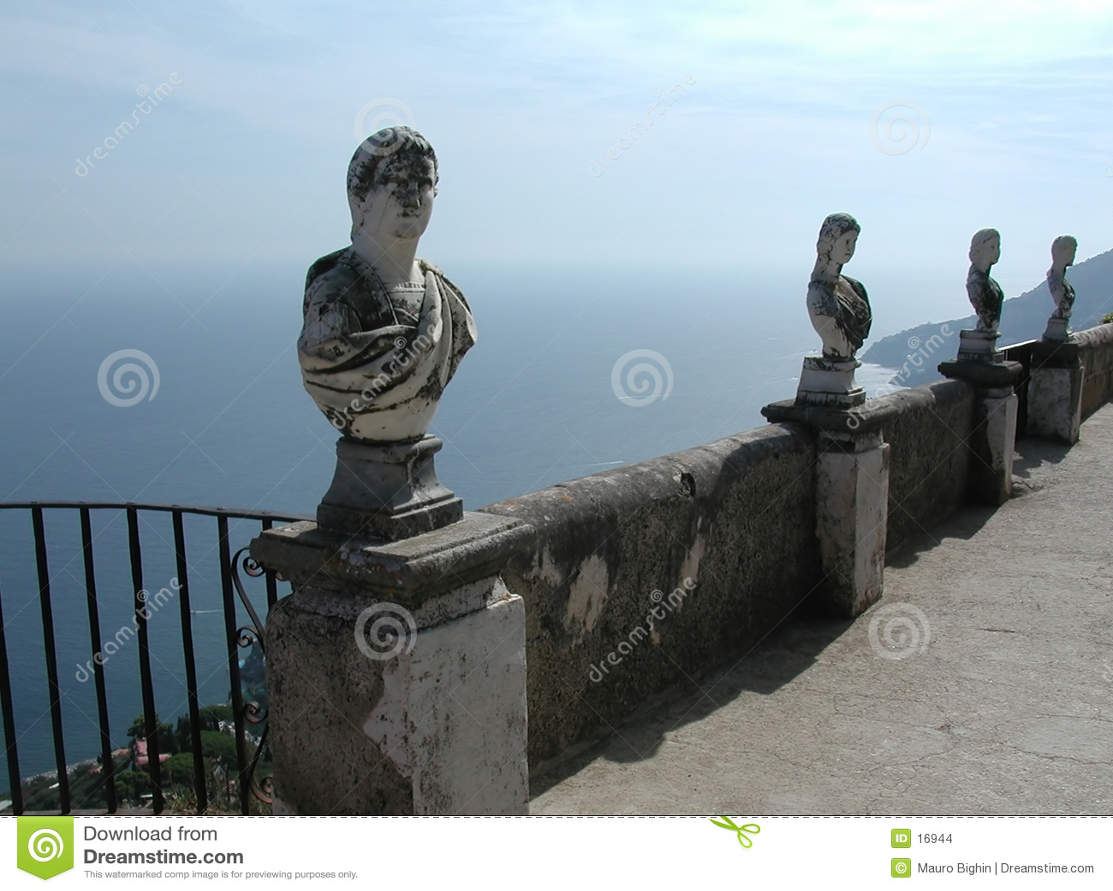 вилла Италии свободного полета cimbrone балкона amalfi